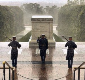 honor-guards-stand-on-duty-at-the-tomb-of-the-unknown-soldier-in-sept-2012-in-arlington-county-va