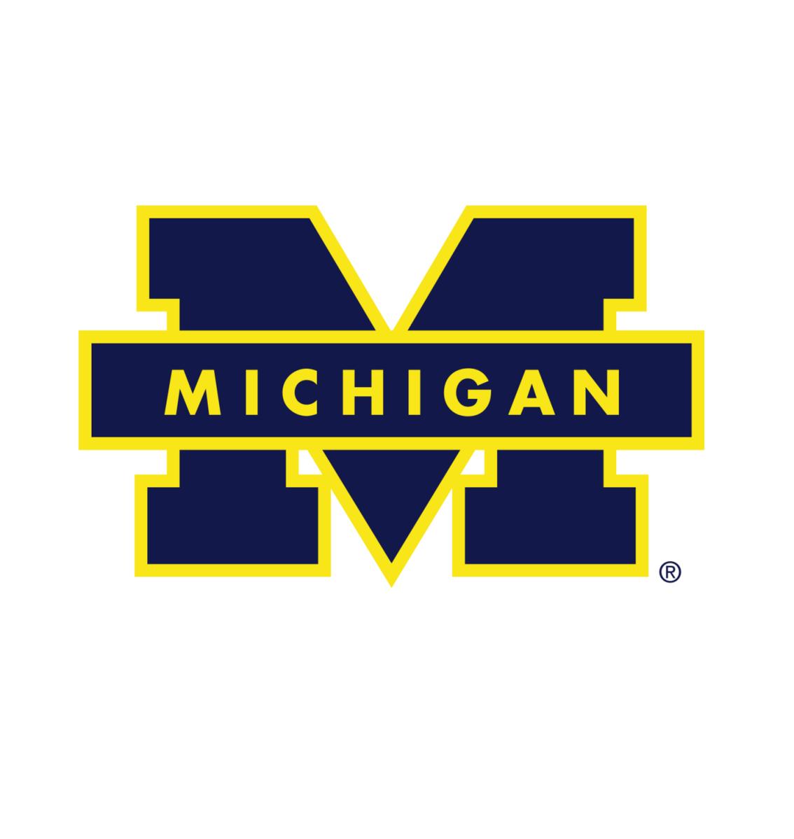 Michigan | Zone Offense - SLOB - Ballscreen - Overload